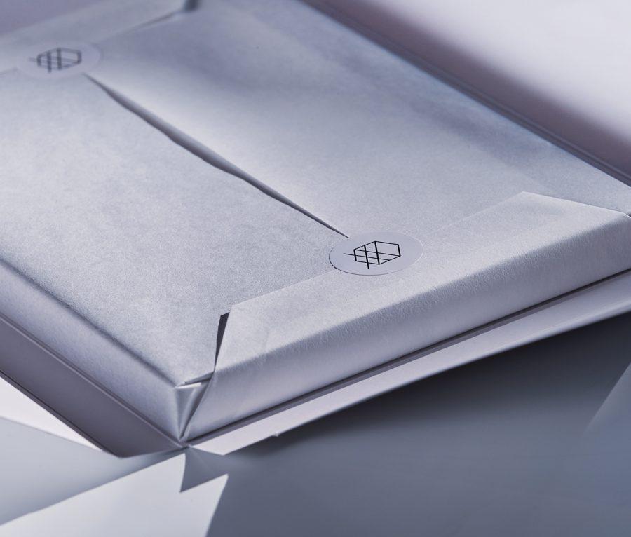 Xaraktiras Design-Notizbuch Verpackung Seidenpapier